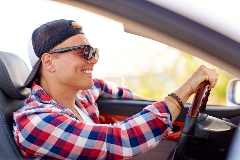 occhiali per guidare